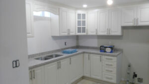 Two Bedrooms for rent Hamilton mountain (Upper James / Airport)