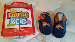 "Fisher Price ""Luv U Zoo"" Soft Leather Crib Shoes-Brand New-$14"