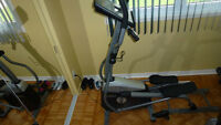 ELLIPTIQUE TEMPO FITNESS 645E