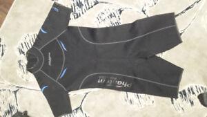 Phantom wet suit  men's x-large