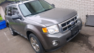 2010 Ford Escape first 2500 takes it firm !