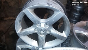 SETS OF FOUR (4) NISSAN/INFINITI  WHEELS @ PIC N SAVE WOODSTOCK