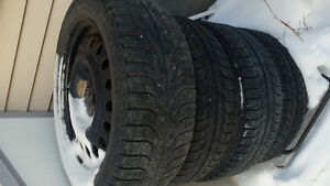 4 Michelin tires n rims 225/50/17 tread 85