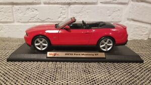 2010 Ford Mustang GT Convertible Diecast