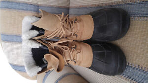 MENS KAMIK WATERPROOF WINTER BOOTS SIZE 13