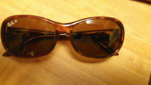 Vintage Rayban sunglasses with case