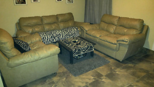 Leather couch set / beige