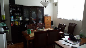 $600 sublet at dundas and spadina!
