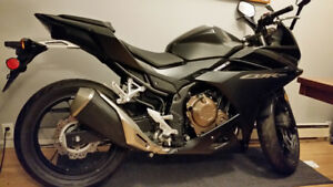 CBR500R ABS 2016 (not use) 2km  Price 5,500cad