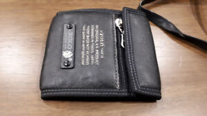 Black Leather Casual Unisex Wallet - Excellent Condition