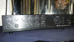 TOA AMPLIFIER/MIXER A-724 240W