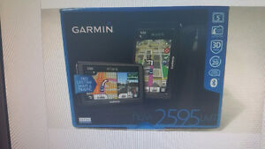 GARMIN NUVI 2595 LMT 5 INCH GPS IN MINT CONDITION