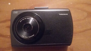 Dash Cam Camera: THINKWARE X300 Full HD