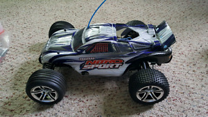 Nearly new RC car..