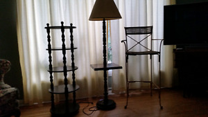 VINTAGE SPINDLE FLOOR LAMP
