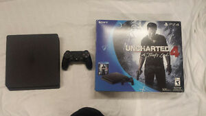 Ps4 slim with warranty + choice of 2 games
