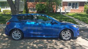 2012 Mazda Mazda3 Sport GS Hatchback. NEED GONE ASAP