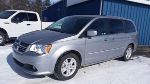2016 Dodge Grand Caravan CREW PLUS Minivan, Van
