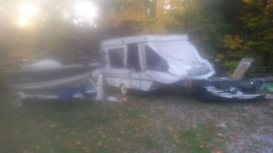 Palomino Tent Trailer NOT USEABLE!!