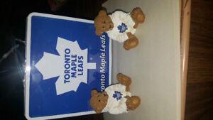 ( 2) Toronto Maple Leafs Bear + Toronto Maple Leafs Lunch Box