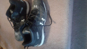 Under Armour hammer cletes