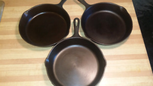 Wagner Ware #8 Cast Iron Skillets