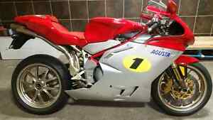 mvagusta motorcycles for sale in canada kijiji classifieds. Black Bedroom Furniture Sets. Home Design Ideas