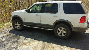 2003 Ford Explorer Xtl SUV, Crossover