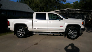"2015 GMC SLT ALL TERRAIN ""42,000 Kms"""