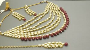 Indian Bollywood Party Wear Kundan Pearl Choker Necklace Set.