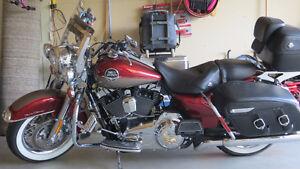 2009 Harley Davidson FLHRC Road King Classic