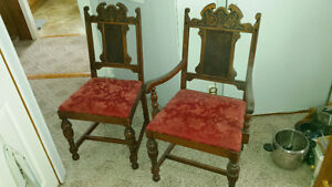 Antique Dining Table with Four Chairs (one Captain) Kingston Kingston Area image 5