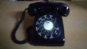 MINT VINTAGE Northern Electric Black Rotary Phone Model 500