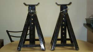 3 Ton Capacity Axle Stands (Set of 2)