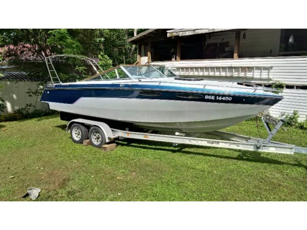 1987 Chris-Craft 230 Scorpion with many extras