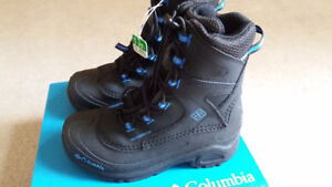 Columbia Youth Bugaboot III Boys Winter Snow Boots Size 3
