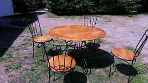 Bistro Table and four chairs