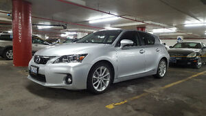 2013 Lexus CT 200h Hybrid LOADED! *LIKE NEW * ULTRA LOW MILEAGE*