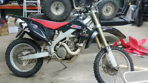 2007 CRF450X. piped and jetted