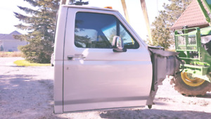 1992 FORD F150 CAB,BOX,FRAME PART OUT