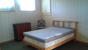 Private room for rent in beautiful Varsity N.W.