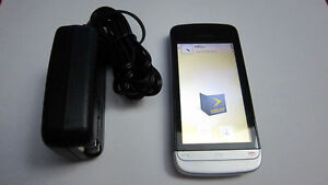Nokia C5 cellphone with Videotron
