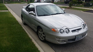 2001 Hyundai Tiburon SE Turbulence Coupe (2 door)