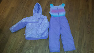 Purple Columbia Snow Suit Size 4/5 London Ontario image 1