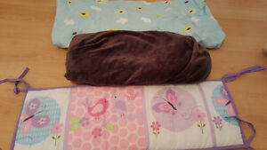 Girl's crib bumper fitted sheets