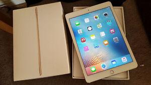 iPad Air 2 16gb  gold London Ontario image 1