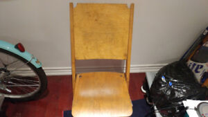VINTAGE 50S WOODEN CHURCH OR SCHOOL FOLDING CHAIR