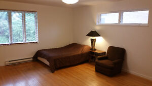 Huge 2 Room Master Bedroom Available Daily