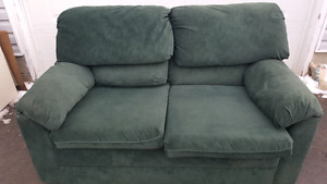 FREE LOVESEAT. PICK UP NOW
