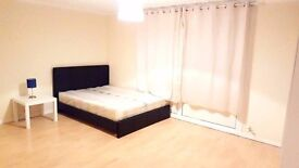 Modern New Double Rooms, Short Walk to Wood Green Underground *Piccadilly Line*